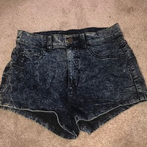cute Forever 21 shorts size SMALL